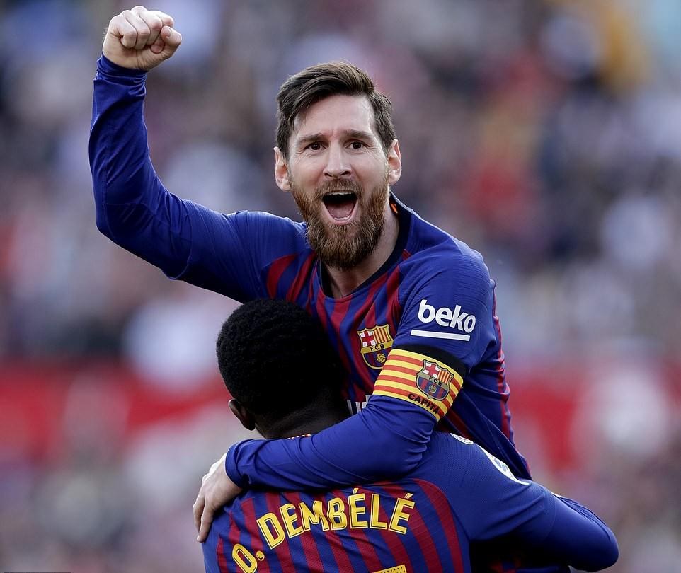 Hattrick Messi buyarkan kemenangan Sevilla, Selebrasi Messi mirip