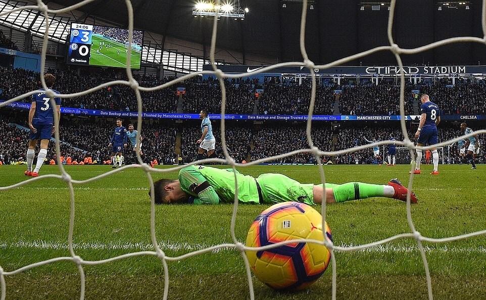 Pekan 27 Liga Primer, Chelsea babak belur dibuat City